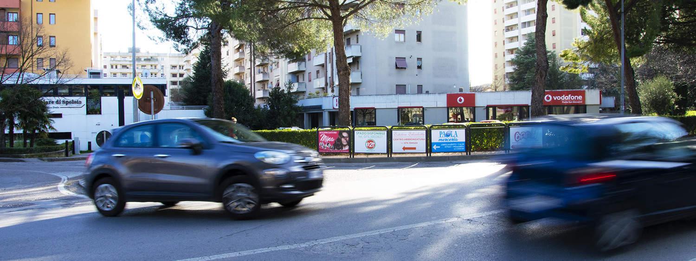 Arredo urbano pubblicitario