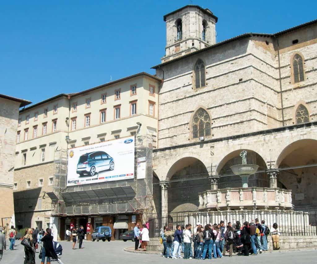 Maxi affissione centro storico